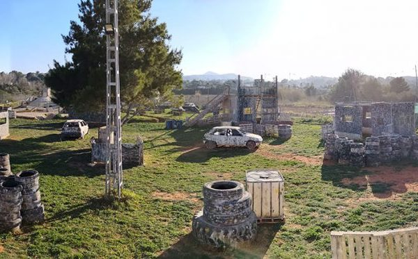 Paintball-de-Elite,-Jávea---Escenario-Call-of-Duty-Casas-5